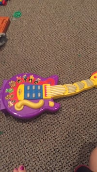 The wiggles wiggly guitar. Check out my other Wiggles items!!! Vaughan, L4J 5L7