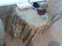 2 chairs + table Rockville, 20852