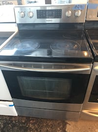 Samsung stainless steel glass top electric range  Baltimore, 21223