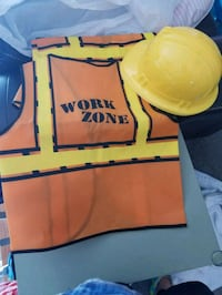 Construction dress up and birthday banner 61 mi