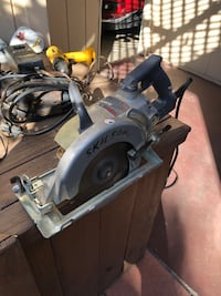 Power Tool (2 saws, 4 drills)