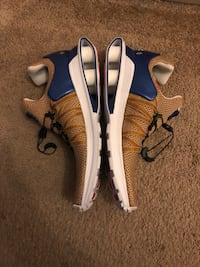 NIKE shox gravity metallic gold Webster, 01570