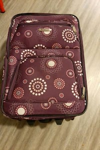Rockland suitcase on wheels