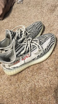 Yeezys zebras (really good fakes) worn 10 times great condition size 10 (BOX INCLUDED)