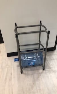 Water bottle stands