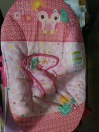 pink and white floral bouncer seat McAllen, 78504