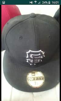 8b52aad73e2b8 Used black Vans off The wall snapback for sale in Tracy - letgo