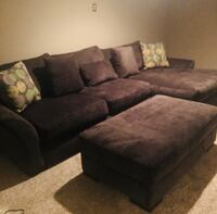 Kroehler Couch with Chaise & Ottoman barely used White Plains, 20695