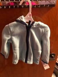 Girls fleece blue hoodie. Size 9 months new never used  Chicago, 60638