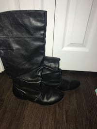 Pair of black leather boots, Size 6 Windsor, N8W 4E4