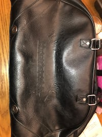 LULULEMON ATHLETICA FAUX LEATHER DUFFLE BAG North Dumfries, N0B