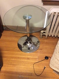 Glass and chrome telescopic table