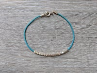 Turquoise Bracelet with Gold Toned Beads 17 cm Richmond