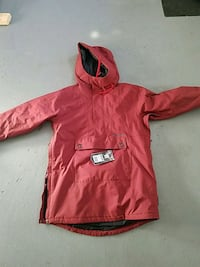 Unused red and black zip-up snowboard jacket Ballston Spa, 12020