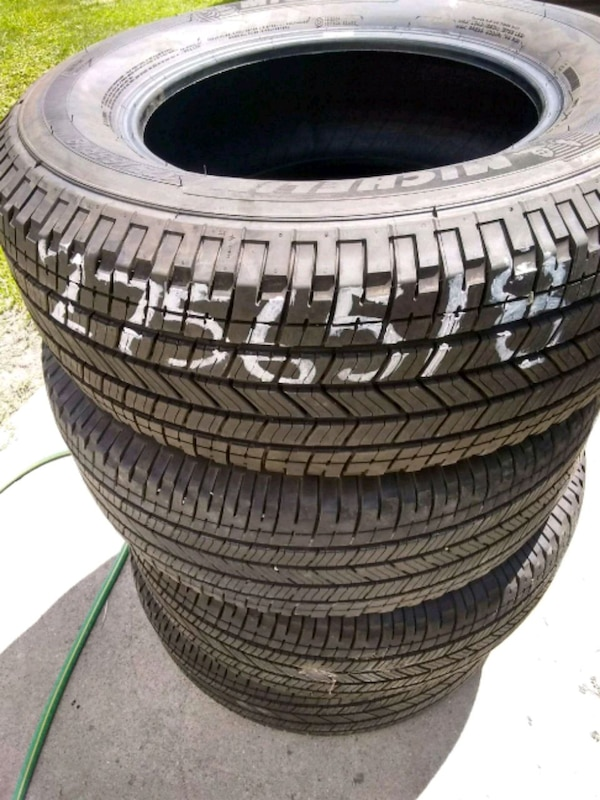 Michelin Whitewall Tires >> 2 White Wall Tires Michelin 275 65 18