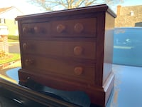 Vintage wooden dresser for doll clothes Mc Lean, 22101