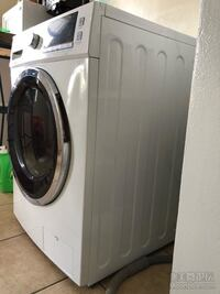white front-load clothes washer Los Angeles, 90045