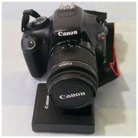 Canon Camera DS126291, bag included. Toronto, M6A