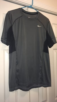 Large Nike dry fit shirt Charlotte, 28262