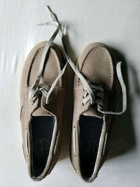 pair of gray boat shoes Vienna, 22180