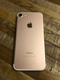 iPhone 7 16gb Rose Gold  Markham, L6C 1T5
