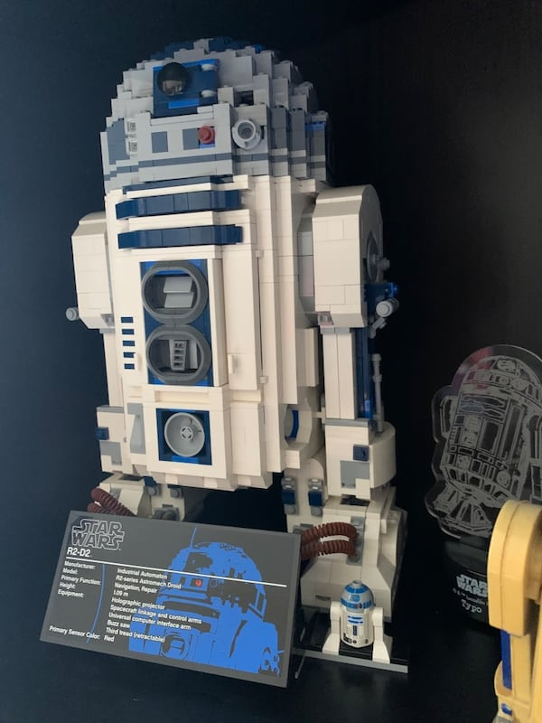 Collectible Lego R2D2. Sold as it is without original box 024a72c3-9f67-4e6f-accb-7d8cb3c1393e