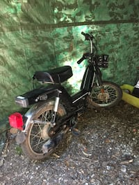 Kinetic 2 stroke 50 cc moped bicycle Charlotte, 28227