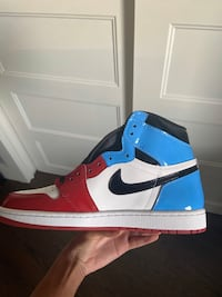 Nike AJ1 Retro High OG Fearless UNC Chicago Size was 10