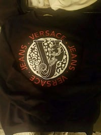 Authentic Versace Crew Neck Sweater Vancouver, V5N 3Y7