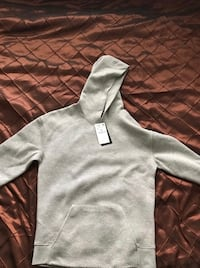 Zara men's hoodie Richmond, V6Y 1X9