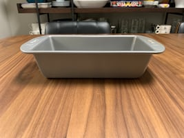 Small baking loaf pan 9x5