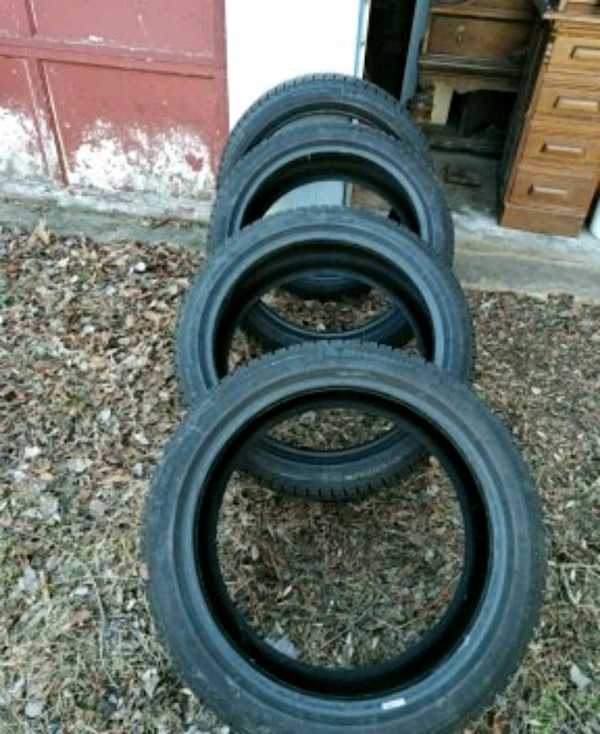 4 like New Michelin X ICE Tires 215/45 r18