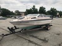 "White and blue 19"" fiberglass bayliner. Motor does not run, good fixer upper for anybody that has the time. Title in hand. Message me for any information. Alexandria, 22315"