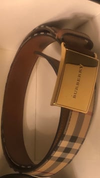 Burberry belt Baltimore, 21206