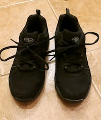 Size 9 running shoes Toronto, M8Z 3B1