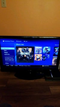 PS4 with 1 controller and 3 games Surrey, V3W 7K4