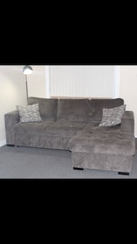 Sectional Couch New Westminster, V3L 2M9