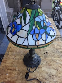blue and white tiffany table lamp