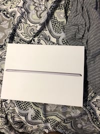iPad 6th Gen NEVER USED BRAND NEW St Catharines, L2M 3E8