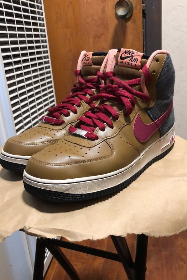 Nike Air Force 1 size 10 2