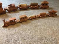 Wood five piece train sets Glen Mills