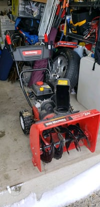 "2-Stage Self-Propelled Yard Machines Snow Blower 24"" - $550 obo Kitchener, N2A 0A2"