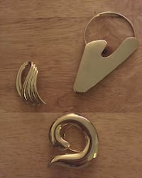 3 GOLD TONE SCARF RINGS