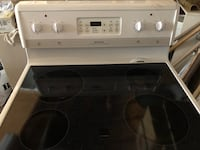 Frigidaire stove and oven- self clean Toronto, M6B 1K2