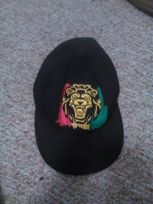d3ab324947d Used black lion head fitted cap for sale in Panama City Beach - letgo