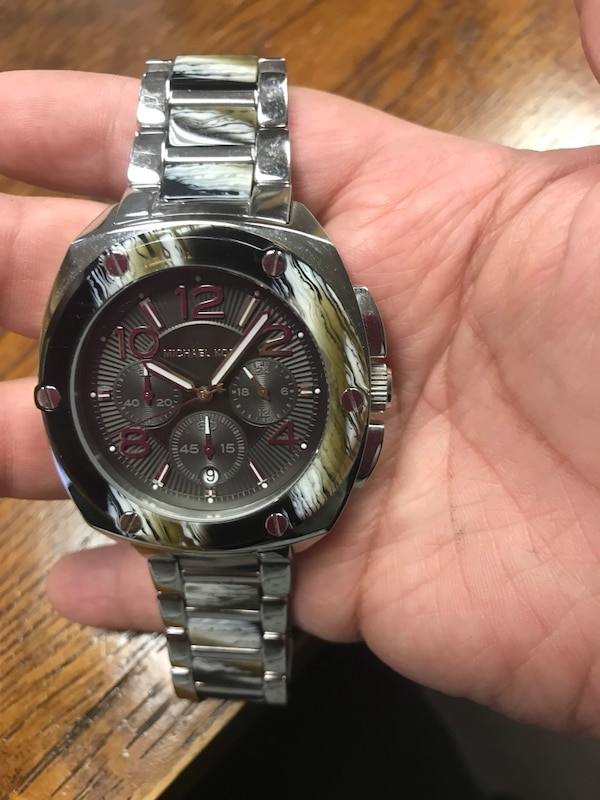 b5a6f0e48f64 Used Michael kors men watch for sale in Gainesville - letgo