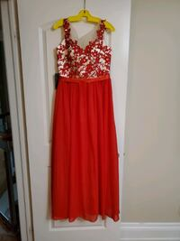 Selling Beautiful Dress! (Brand New)