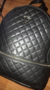 Guess black leather quilted leather backpack Fall River, 02723
