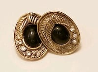 Vintage earrings 102 mi