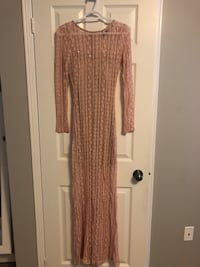 Lace sequinned evening dress - size s Toronto, M1L 4C2